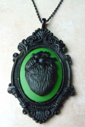 Large Gothic Black Heart Cameo Style Pendant And Necklace.